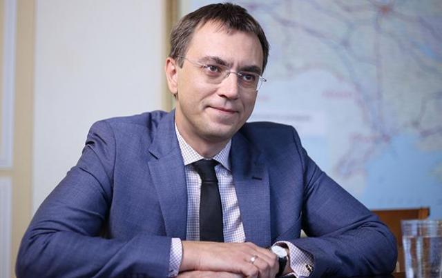 Владимира Омеляна отпустили на поруки и обязали сдать паспорта