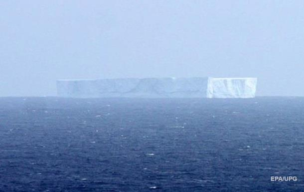 От Антарктиды откололся огромный айсберг размером с город