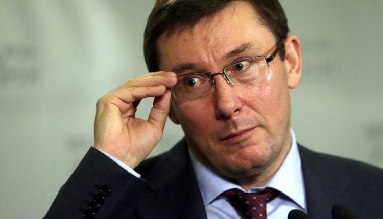 Генпрокуратура закупила на 13 млн автомобили в обход запрета Кабмина