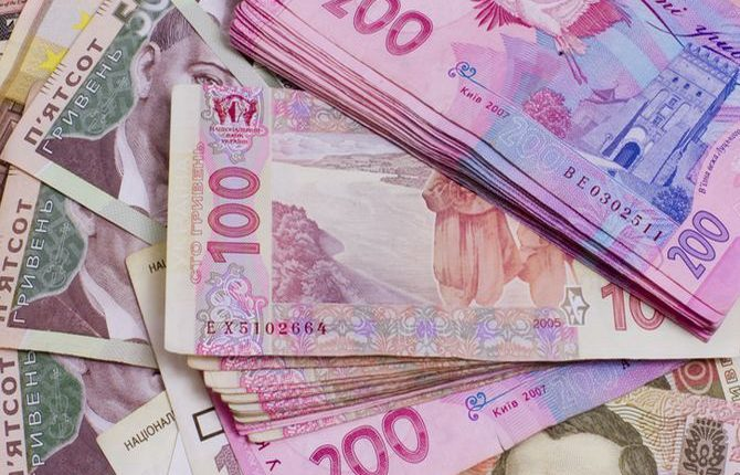 В Приватбанке предлагают 100 тысяч за помощь в поимке грабителей инкассаторов