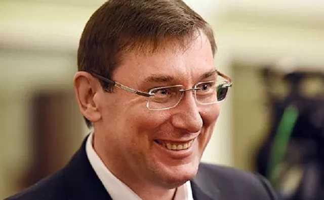 Сотрудникам Генпрокуратуры на 25% повысили зарплату