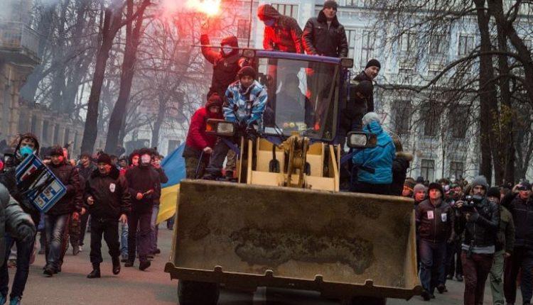 """Михаил Подоляк: """"Сильные и слабые времена"""""""