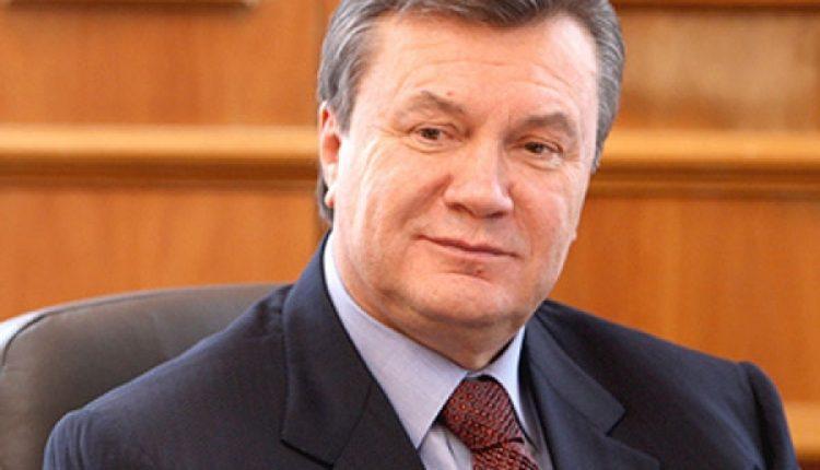 Печерский суд снял арест с 26 счетов окружения Януковича
