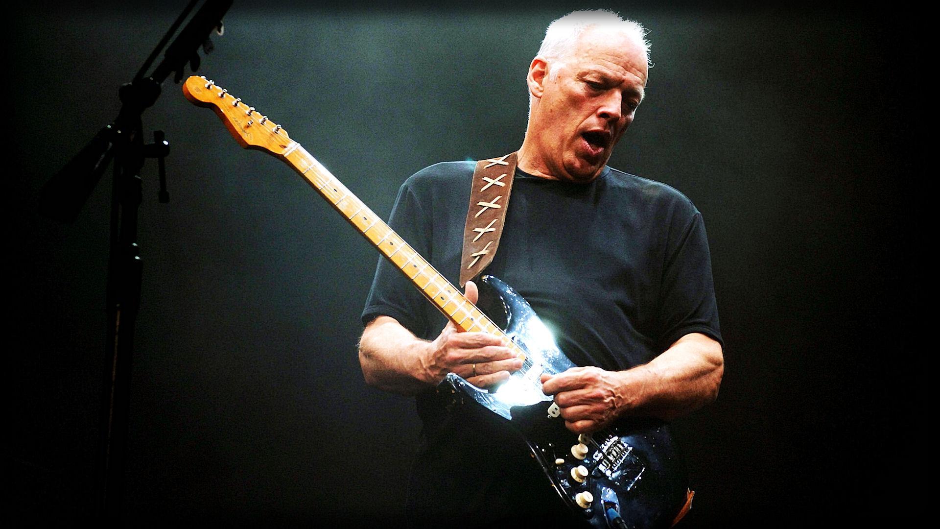 Дэвид Гилмор продаст наблаготворительном аукционе 120 гитар изсвоей коллекции