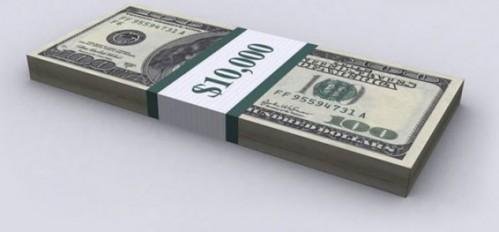 Американец оставил $10 тысяч чаевых за два стакана воды