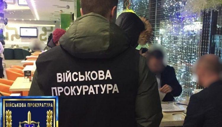 В Киеве на взятке погорел адвокат депутата облсовета