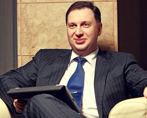 Андрей Бродский забирает титан у Госгеонедр