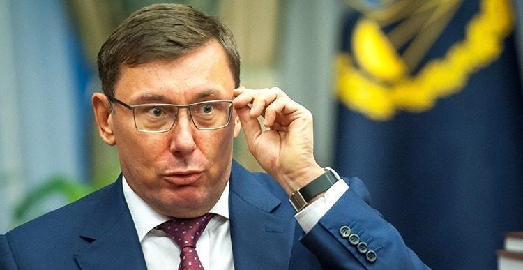 """Михаил Подоляк: """"Стулья Прокурора"""""""