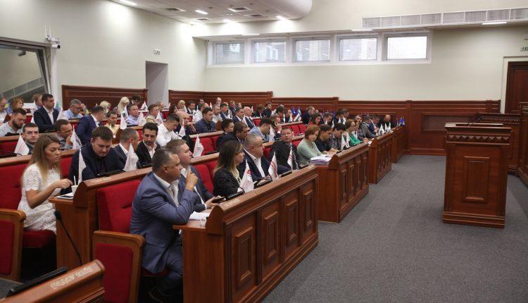 Киевский горсовет запретил передачу коммунального имущества и земли российскому бизнесу