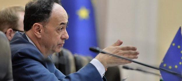 """Посол ЕС в Украине намекнул, что СБУ """"кошмарит"""" ArcelorMittal, но равнодушна к Ахметову"""