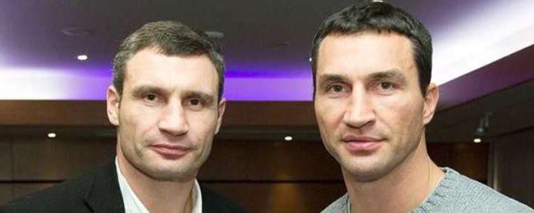 Братья Кличко подали в суд иск на телеканал Коломойского