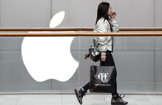 Трамп убеждает корпорацию Apple покинуть китайский рынок