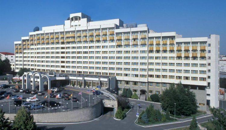 Суд разблокировал приватизацию столичного «Президент-Отеля»