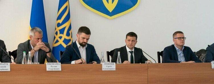 """Михаил Подоляк: """"Обещаем, обещали и будем обещать?"""""""