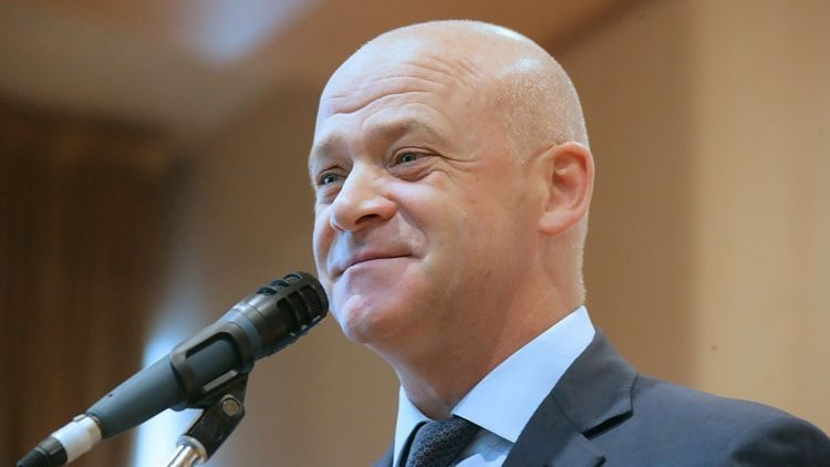 Окружение мэра Одессы Труханова вышло на большую дорогу в Николаеве