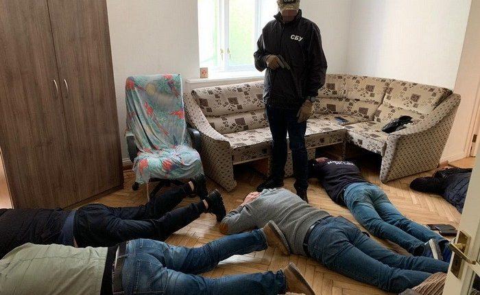 В Киеве СБУ ликвидировала конвертцентр с оборотом 1 млрд