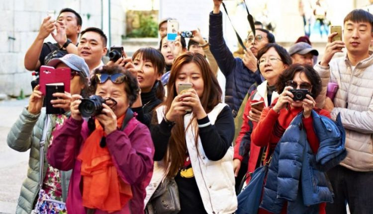 Число туристов в мире увеличилось на 30 млн