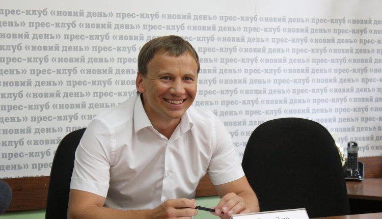 Минздрав обеспечит семье пророссийского экс-нардепа Михаила Опанащенко доход в 160 млн