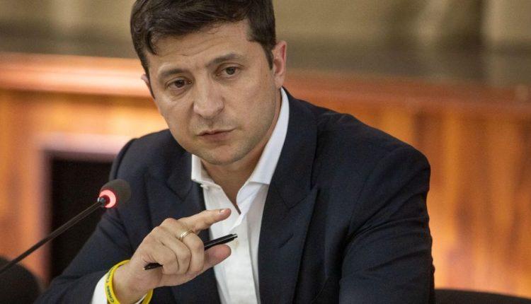 Зеленский послал всех членов финкомитета Рады на проверку на детекторе лжи