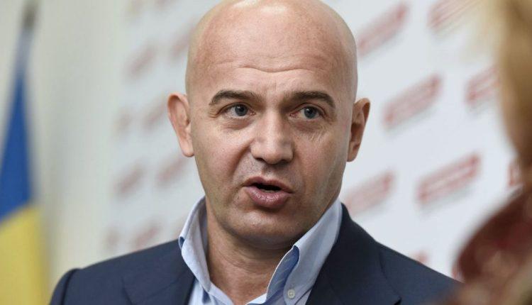 Экс-нардеп Игорь Кононенко больше месяца отсутствует в Украине