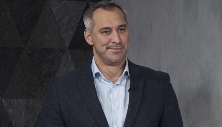 Рябошапка уверяет, что ГПУ «может расследовать даже Коломойского и Ахметова»