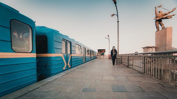 Киевские депутаты просят у Кабмина и президента 50 млрд на строительство метро на Троещину
