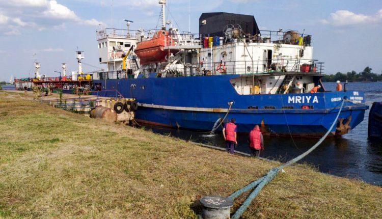 Куда приводит «Мрия»: кто стоит за скандальным арестом танкера