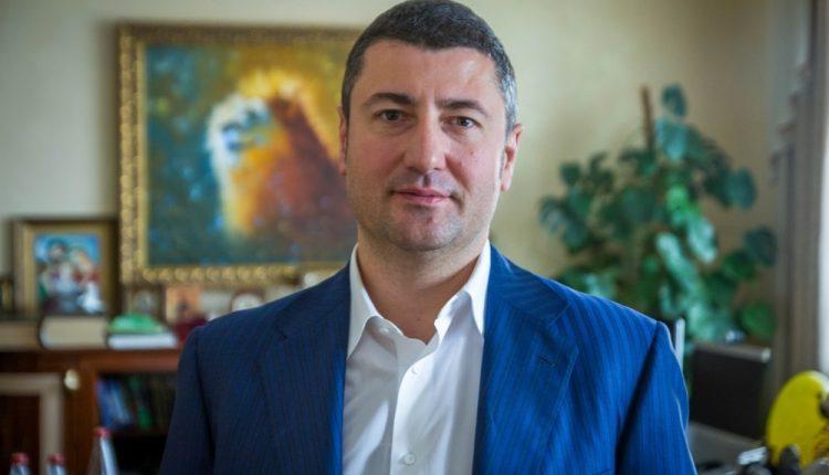 """Под шум """"Приватбанка"""" Кабмин подыгрывает банкам Бахматюка и Лагуна – СМИ"""