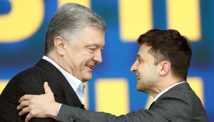 """Виктор Небоженко: """"Каждый новый президент укрепляет личную власть под видом реформ"""""""