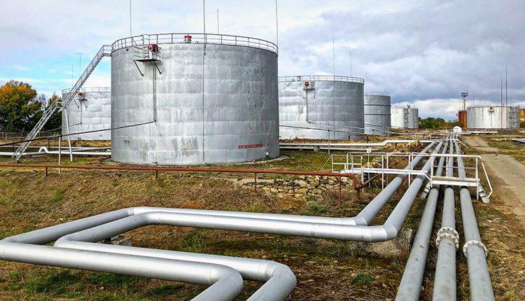Херсонская нефтеперевалка досталась спонсорам Зеленского