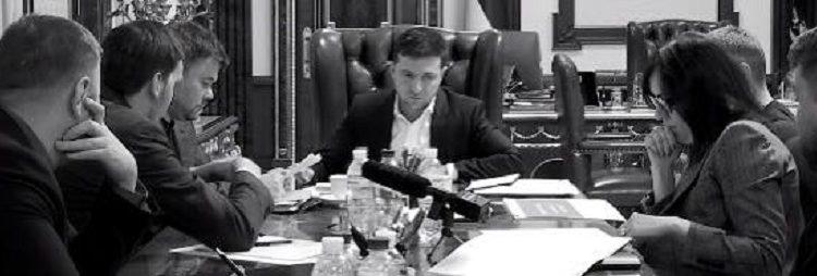"""Михаил Подоляк: """"Неофиты сразу поставили на себе жирнейший pr-крест"""""""