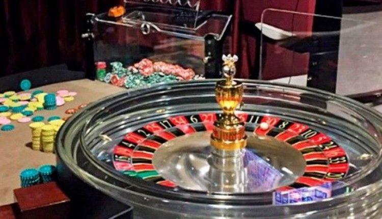 """Букмекеров и казино обяжут """"стучать"""" на удачливых игроков"""