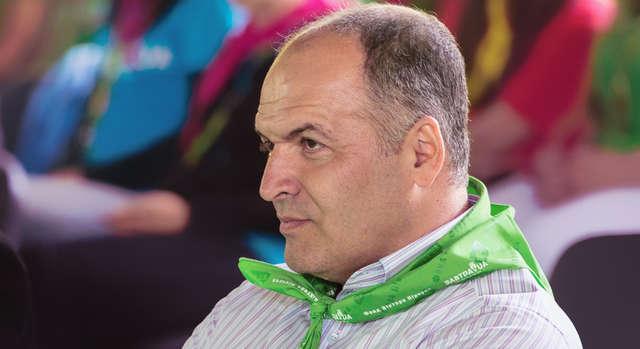Нардепы слетали в Давос за счет фондов и Виктора Пинчука