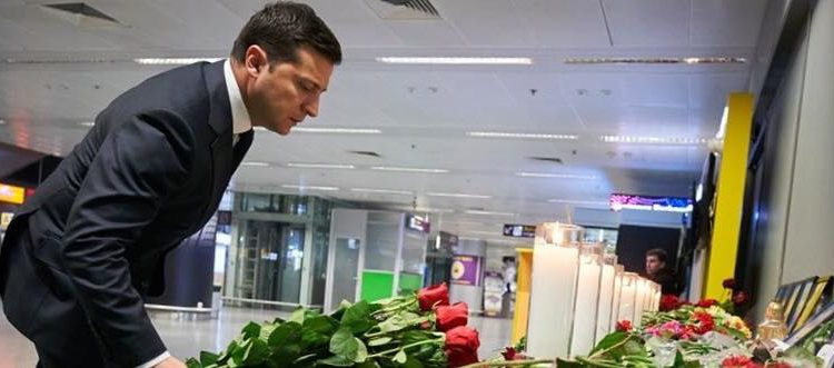 """Михаил Подоляк: """"Президентское поведение имеет банальное объяснение"""""""