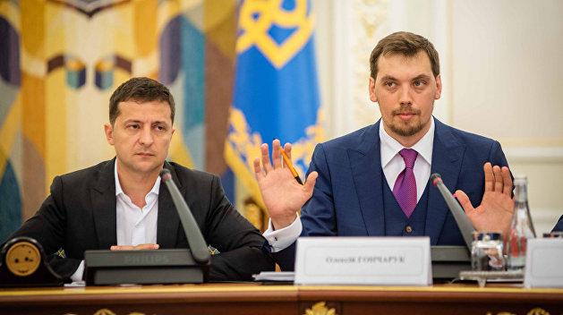 """Виктор Небоженко: """"Зеленский обменял свой рейтинг на шанс для Гончарука"""""""