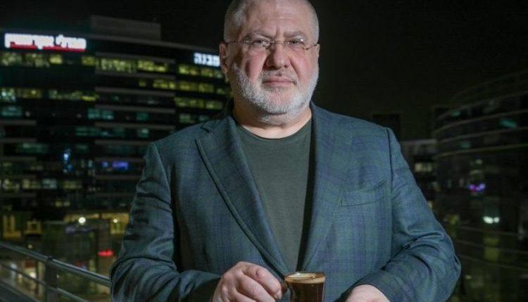 Зеленский допускает обострение конфликта с Коломойским после обысков на его канале