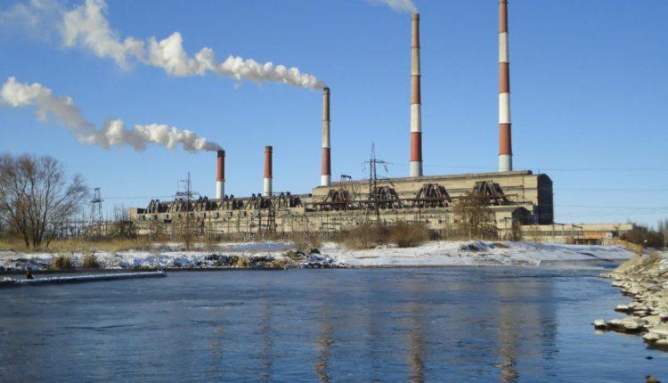 Госэнергонадзор назвал причины остановки энергоблоков в Украине