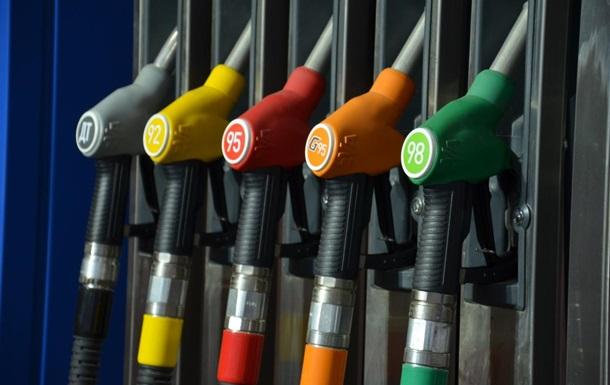 Бензин и дизтопливо продолжают дорожать в рознице