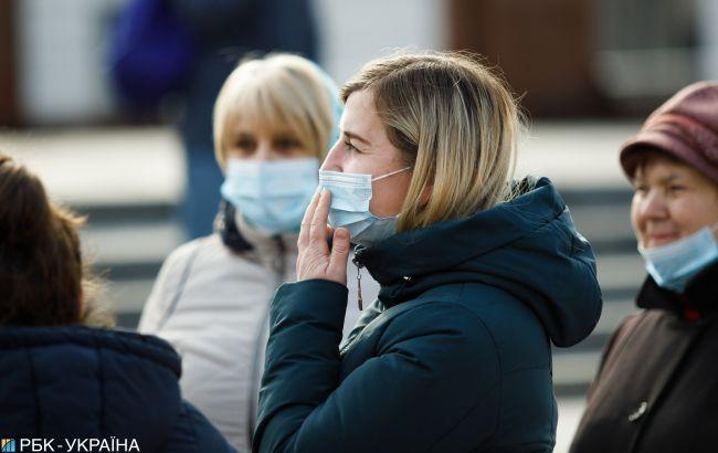 Главный санврач рассказал, когда в аптеках появятся маски и будет снято напряжение