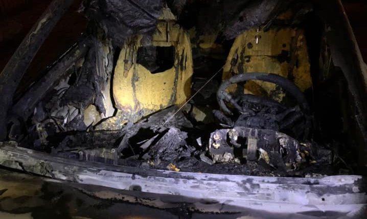 В Киеве сожгли авто главы Госэкоинспекции, оштрафовавшей меткомбинат Ахметова