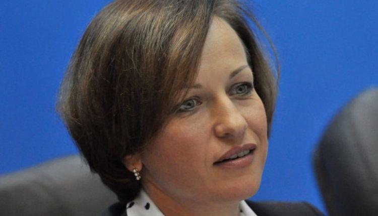 Министр соцполитики Марина Лазебная заработала в марте 55 тысяч