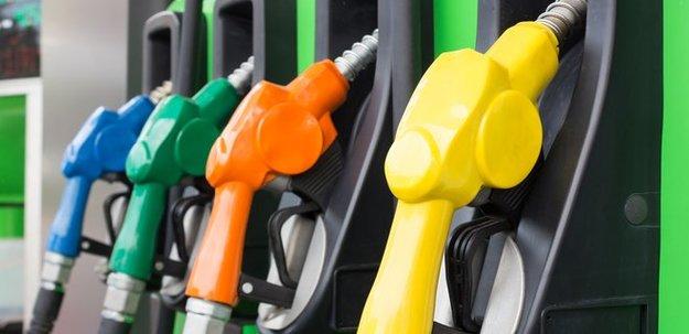 Беларусь увеличила на 10% поставки бензина в Украину