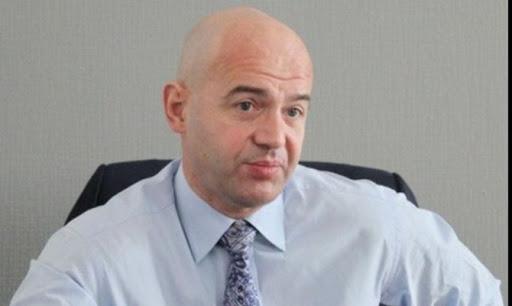 Кононенко через суд возобновил аренду участка в ботсаду на Печерске, где строит ТРЦ