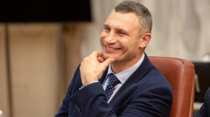 Кабмин повысил оклад мэру Киева до 19 тысяч
