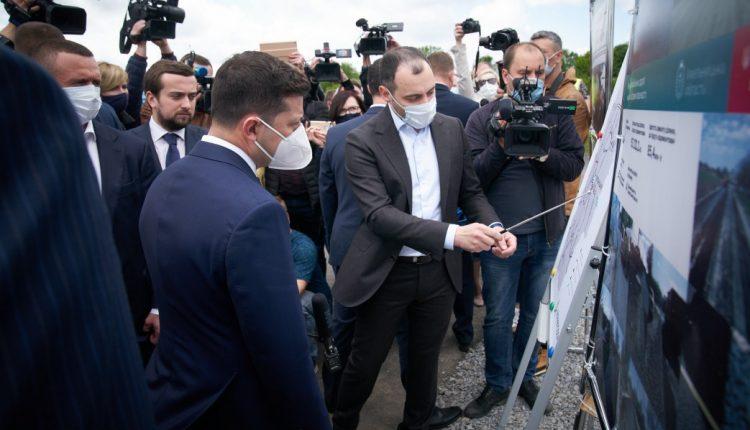 """Сергей Головнев: """"Большая стройка в маленькой голове Зеленского"""""""