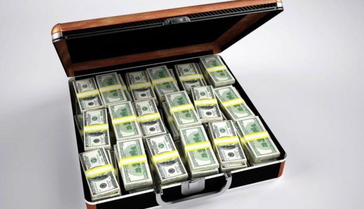 Двое киевлян пытались продать за $1 млн должность главы ОГА
