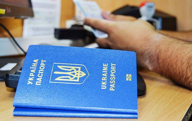 В ЕС считают решение Конституционного суда основанием для приостановления безвиза