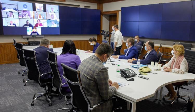 Зеленский заверил послов G7, что Сытник останется директором НАБУ