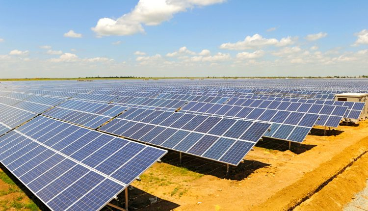 Канадцы подали в суд на НЗФ Коломойского из-за отключения солнечной электростанции