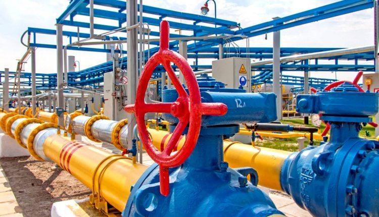 Кабмин надеется, что НКРЭКУ ограничит тариф на распределение газа